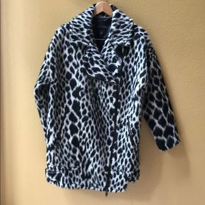 Banana republic black white leopard print coat